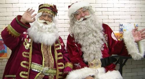 (左)Santa Jim  (右)Santa Johnny
