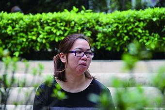 李太坦言現在笑起來也不能控制半邊臉,就像向其他人藐嘴藐舌,令其他人感覺她不友善。(趙晉軒攝)
