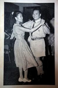 Martha和Lawrence年輕時喜歡跳舞,是派對的常客。(照片由受訪者提供)