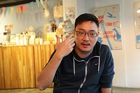 賈培德曾擔任蔡英文競選廣告的聲音導演,亦曾協助蔡調整演說與辯論技巧。