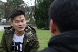 張逸帆很慶幸自己遇上一群台灣好友,甚至他們有時候都會忘了他的陸生身份,每逢短假期都以為他會回家。(廖嘉慧攝)