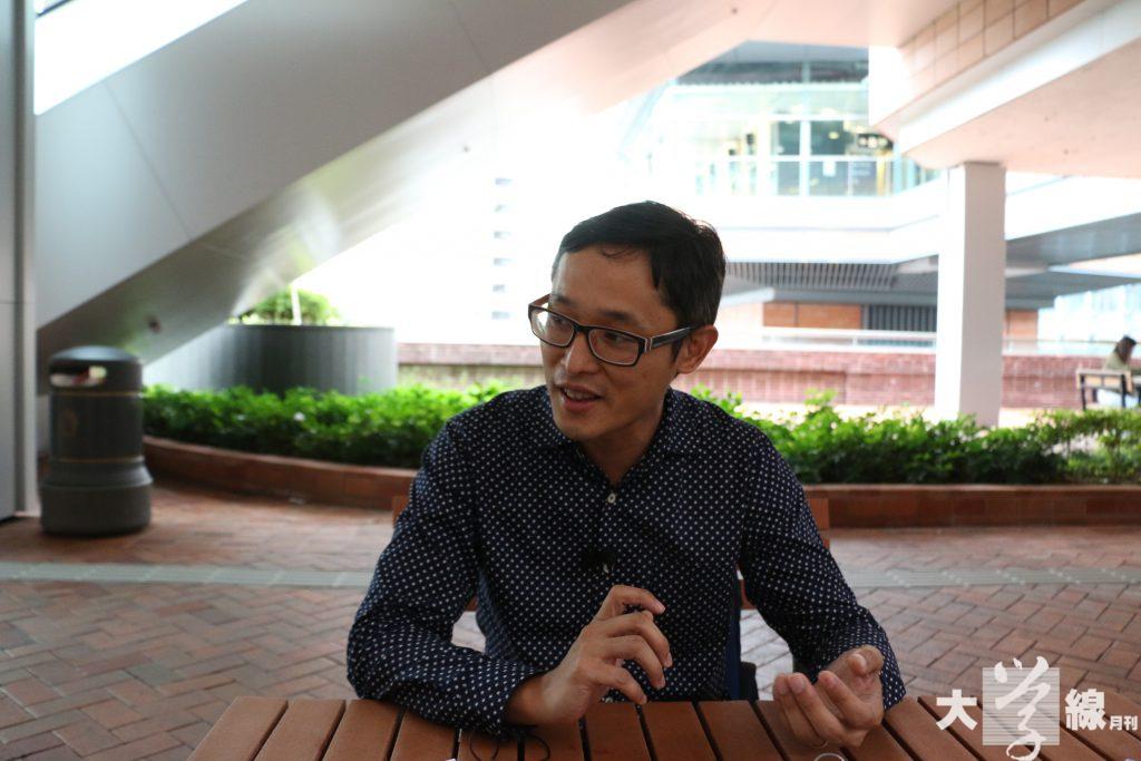 周勁倫強調成立香港革新教育家長同盟是為了教育家長,並推動他們參與教育改革。(鄭靖而攝)