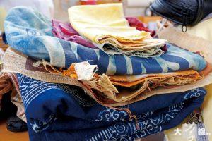 把不同的食物殘渣加上媒染劑,就可以變成染料,在舊衣服染上新的花紋和顏色。(黎淑怡攝)