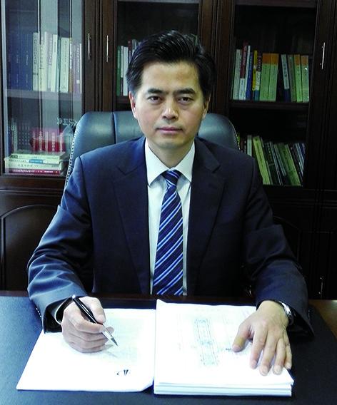 徐新明律師表示,版權方可從司法和行政兩方面維權,但行政機關執法能力有限,司法維權更有力。(受訪者提供)